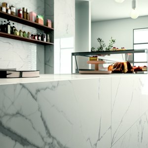 Classic Style Interiors: Elegance, Marble Effect