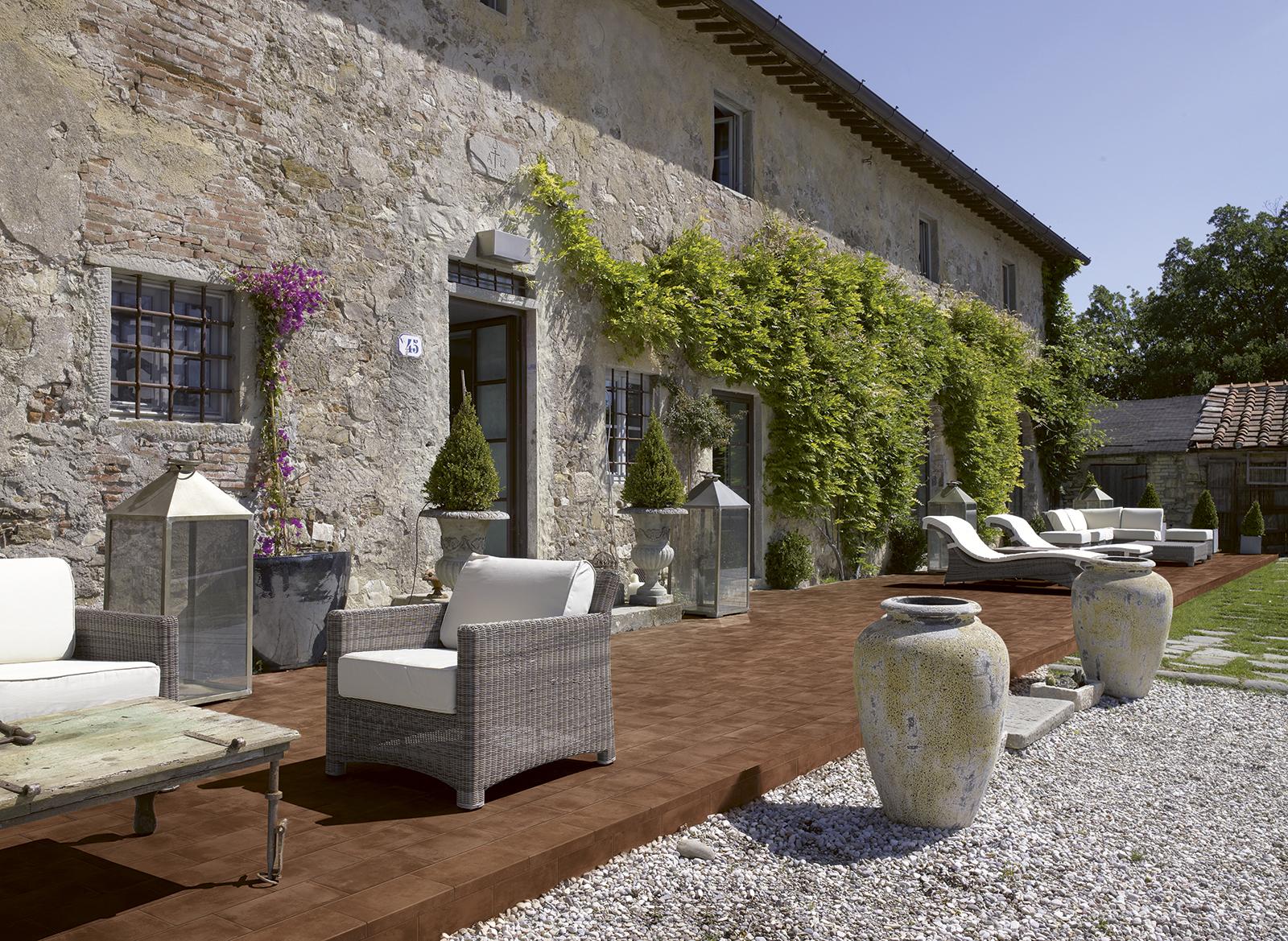 Suelo exterior azulejos gres porcel nico marazzi for Case in pietra e tronchi